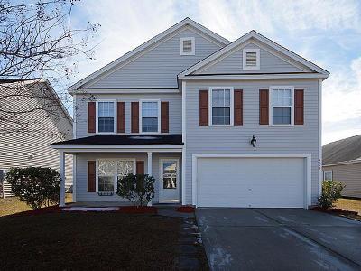 Ladson Single Family Home For Sale: 4013 Broken Arrow Drive