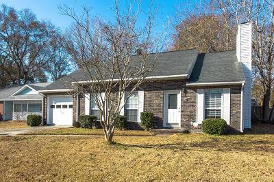 North Charleston Single Family Home For Sale: 527 Laurel Ridge Rd