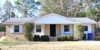 Charleston Single Family Home For Sale: 1451 Woodview Lane