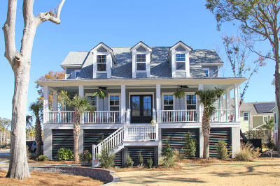Mount Pleasant Single Family Home For Sale: 1490 Red Tide Road