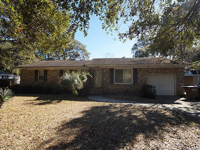 Charleston Single Family Home For Sale: 811 Fort Johnson Road