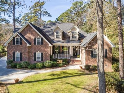 Single Family Home For Sale: 203 Parkwood Drive