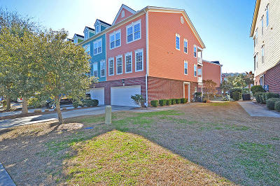 Attached For Sale: 9214 Southern Oak Lane