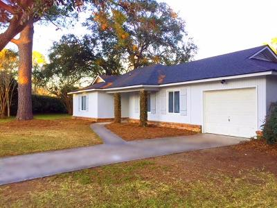 Charleston Single Family Home For Sale: 1202 Chicorie Way