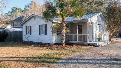 Single Family Home Contingent: 2983 Blackfish Road