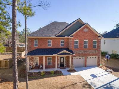 Single Family Home For Sale: 135 Hazeltine Bend