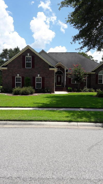 Goose Creek Single Family Home For Sale: 102 Thames Drive