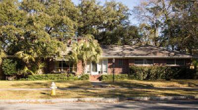 Single Family Home For Sale: 30 Darlington Avenue
