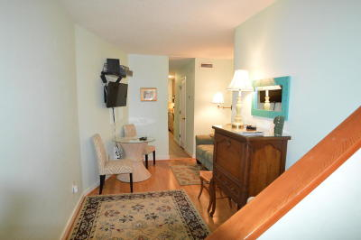 Attached For Sale: 309 Meeting Street #15