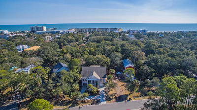 Folly Beach Single Family Home For Sale: 204 W Indian Avenue