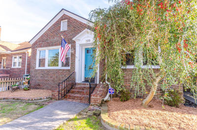 Single Family Home For Sale: 229 Grove Street
