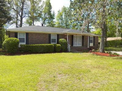 Goose Creek Single Family Home For Sale: 411 Birch Avenue
