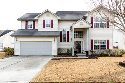 Goose Creek Single Family Home For Sale: 105 Applebee Court