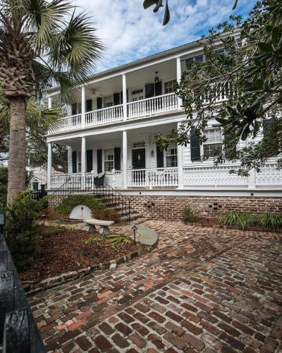 Charleston Single Family Home For Sale: 46 Church Street