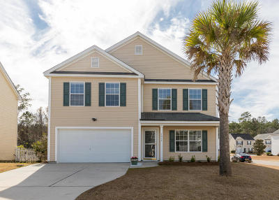 Goose Creek Single Family Home Contingent: 1039 Deerberry Road