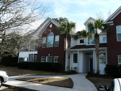 Attached For Sale: 175 Golf View Lane