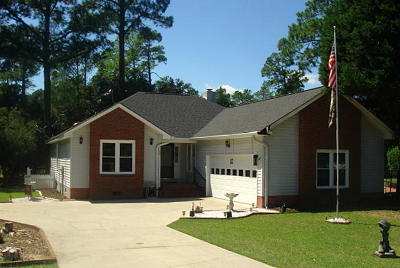 Single Family Home For Sale: 122 Saluda Drive