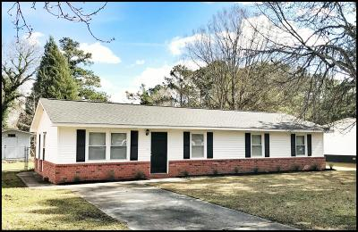 Goose Creek Single Family Home For Sale: 108 Kathryn Drive