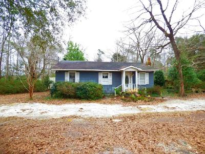 Moncks Corner Single Family Home For Sale: 1504 Pinopolis Road