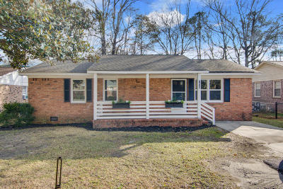 Charleston Single Family Home For Sale: 1028 Orleans Rd