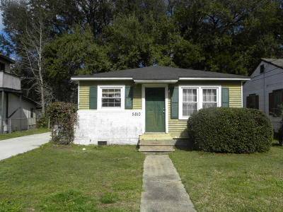 Single Family Home For Sale: 5810 Moore Street