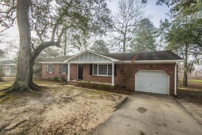 Moncks Corner Single Family Home For Sale: 1316 Dennis Boulevard