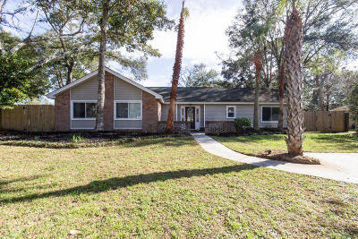 Charleston Single Family Home For Sale: 1307 Bob White Drive