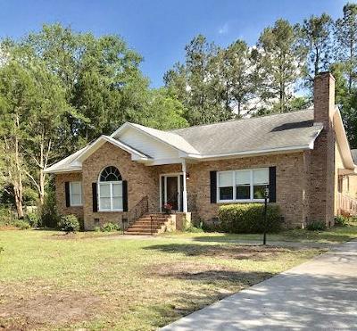Walterboro Single Family Home For Sale: 216 Wintergreen Road