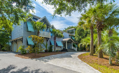 Isle Of Palms Single Family Home For Sale: 15 54th Avenue