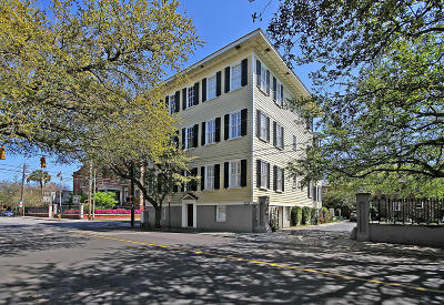 Attached For Sale: 151 Wentworth Street #1c