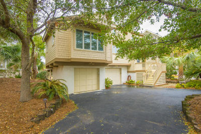 Isle Of Palms Single Family Home For Sale: 6 Marsh Island Lane