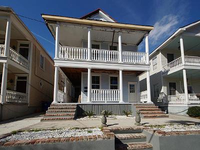 Multi Family Home For Sale: 128 Fishburne Street
