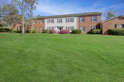Attached Contingent: 103 Woodlake Drive