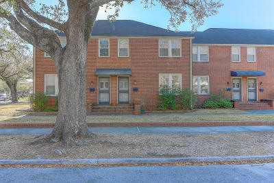 Attached For Sale: 17 8th Avenue #17b
