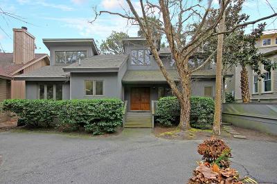 Charleston County Single Family Home For Sale: 111 Surfscoter Lane