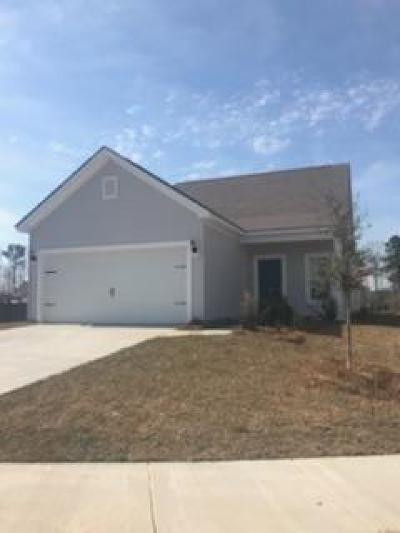 Goose Creek Single Family Home For Sale: 135 Chaste Tree Circle