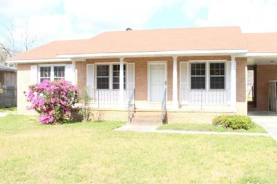 Single Family Home For Sale: 7039 Kenneth Drive