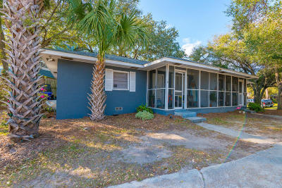 Folly Beach Multi Family Home For Sale: 220 E Cooper Avenue