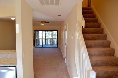 Mount Pleasant SC Attached For Sale: $259,900