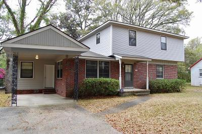 Charleston Single Family Home For Sale: 1605 Rainbow Road