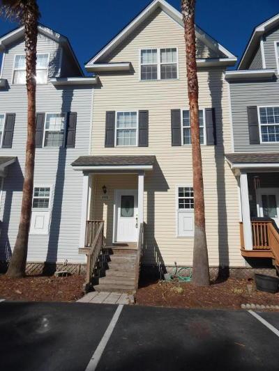 North Charleston Single Family Home Contingent: 4901 Lake Palmetto Lane