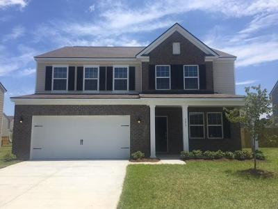 Goose Creek Single Family Home For Sale: 131 Hyrne Drive