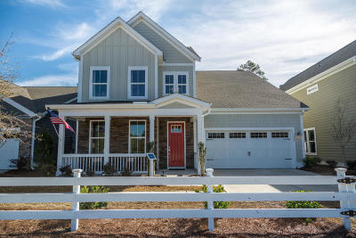 Summerville Single Family Home For Sale: 108 Headwaters Drive