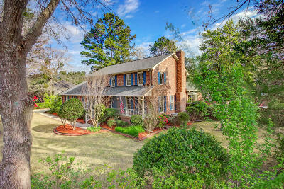 Summerville Single Family Home For Sale: 114 Old Postern Road