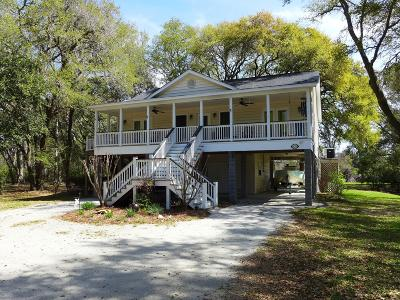 Edisto Island Single Family Home For Sale: 8235 Seaside Oaks Lane