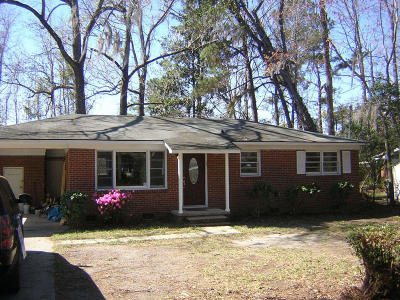 Charleston Single Family Home Contingent: 825 Savage Drive