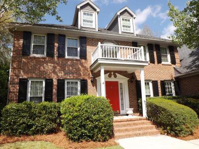 Single Family Home Contingent: 2337 Maclaura Hall Avenue