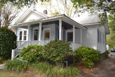 Summerville Single Family Home For Sale: 208 S Magnolia Street
