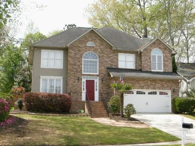 Goose Creek Single Family Home Contingent: 105 N Norfolk Way