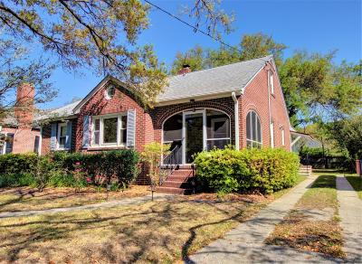 Single Family Home Contingent: 18 Beverly Road